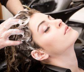Como tratar do meu couro cabeludo?